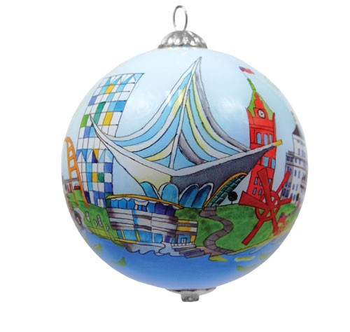 Ornament by Chrisanne Robertson. Photo by Museum Store