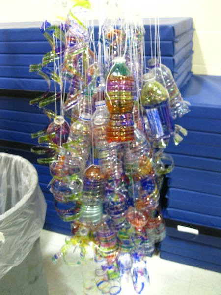 An instant Chihuly starts to take shape.