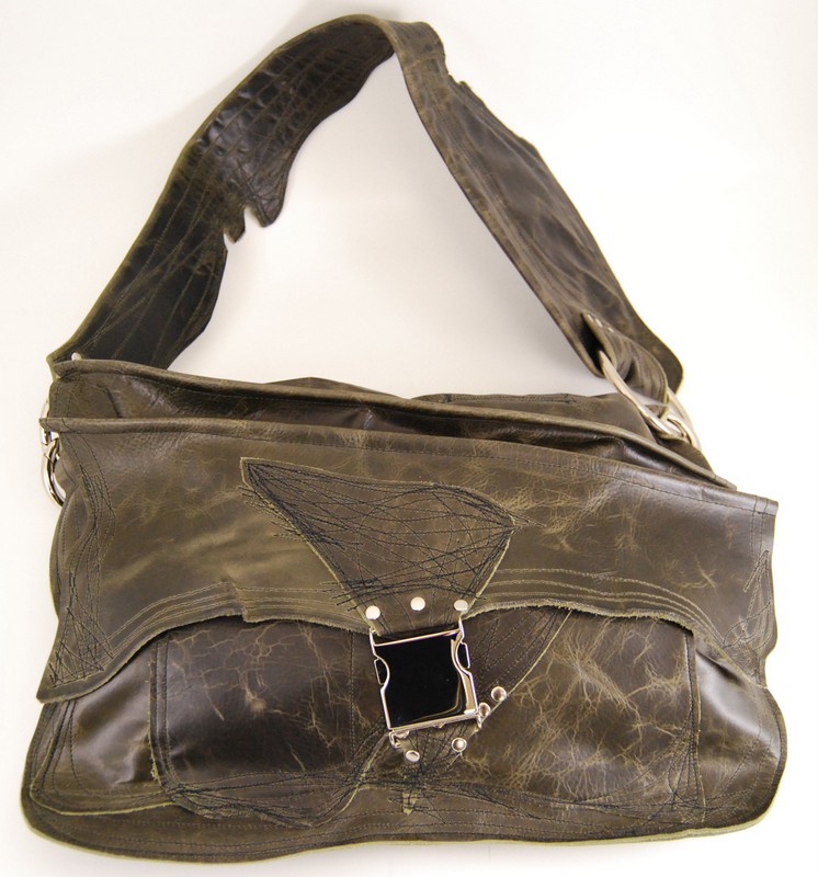 Win this (h(om)e) handbag! Photo by Donele Pettit-Mieding