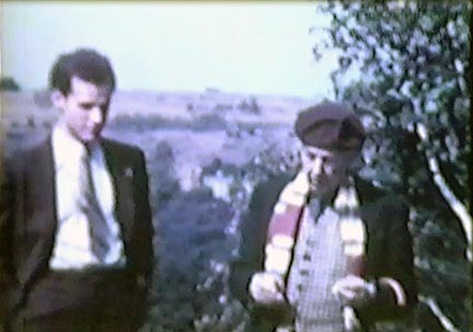 Film still: Frank Lloyd Wright and a student during a picnic outing at Taliesin, late 1930s- early 1940s. Milwaukee Art Museum, Institutional Archives.