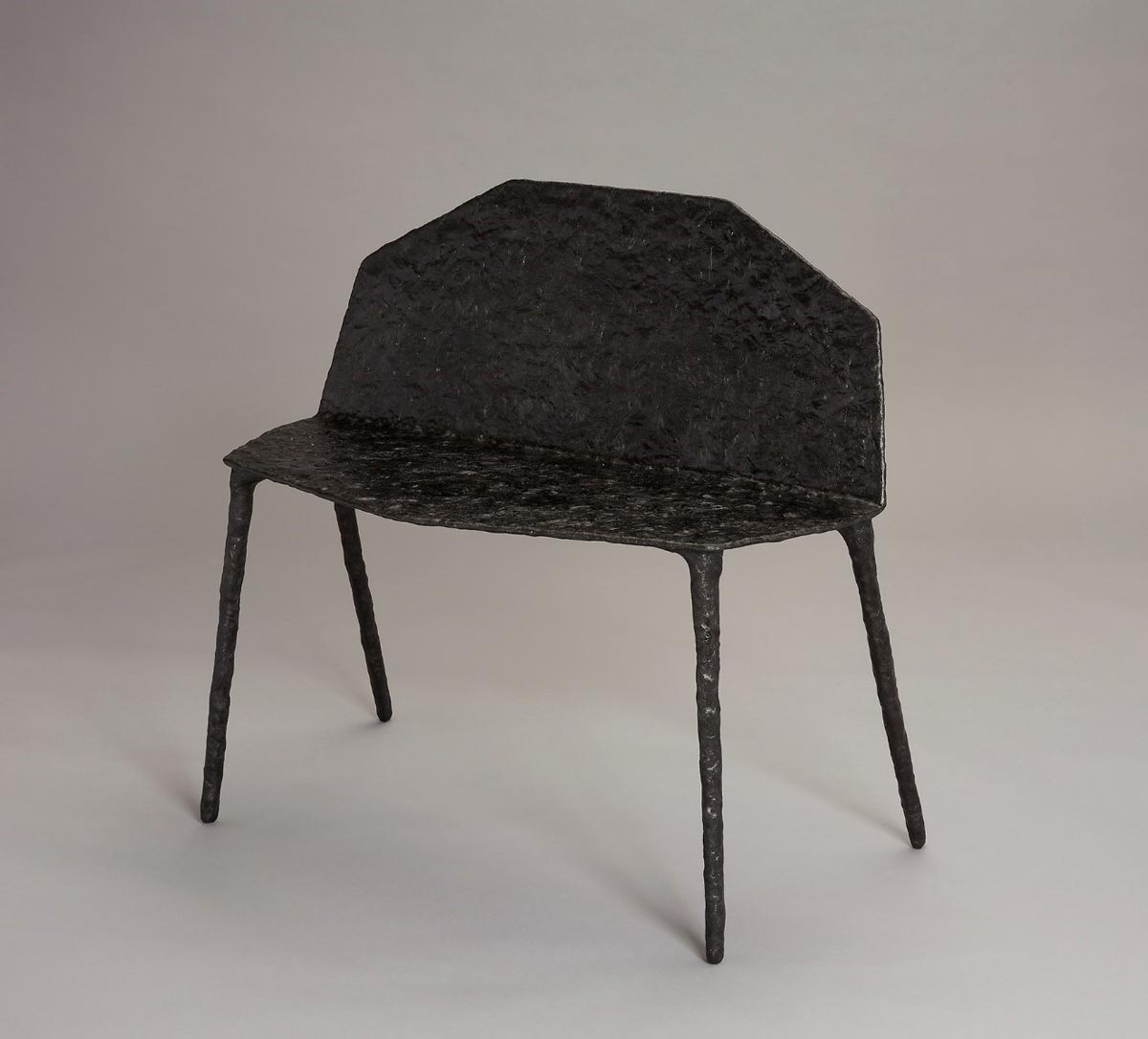 Jonathan Muecke (American, b. 1983), Bench, 2011. Carbon fiber and epoxy resin. Milwaukee Art Museum, Purchase, with funds from the Stern Fund, M2017.58. Photo by John R. Glembin.
