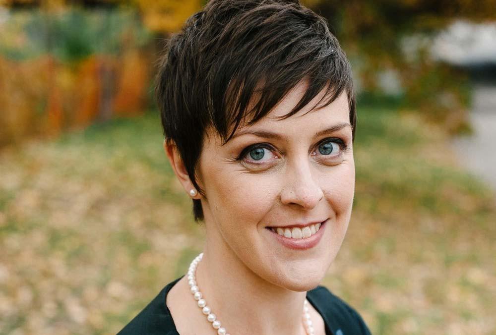 Nikki Otten headshot